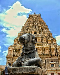 Virupaksha Temple Hampi Karnataka (aleem_114) Tags: uploaded:by=instagram heritagesite unescosite architecture virupakshatemple virupaksha vijayanagara vijayanagaraempire hampi hospet karnataka india