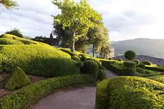 _DSC7640 (Robby68) Tags: vert marqueyssac jardin dordogne nature france soir suspendu