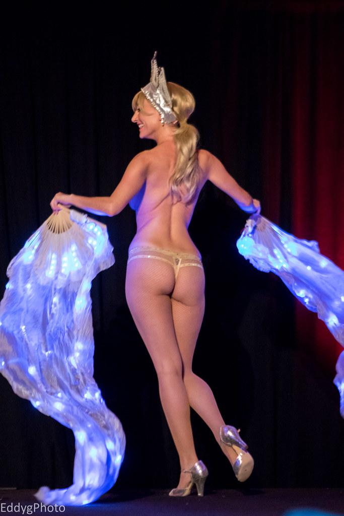 0E3A8692 (EddyG9) Tags: gateaux show thebiggateauxshow burlesque pasties  dancer lingerie trixieminx trixie minx