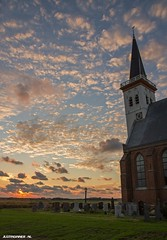 Church of Den Hoorn at Texel. #church #sunset #Texel #lonelyplanet #kerk #sun #zon #clouds #wolken #canon #zonsondergang #holland #netherlands #amazinf #world #island #sky #stunning #justin #sinner #pictures #grave #stone #beauty #nature #natuur #street (JustinSinner.nl) Tags: church den hoorn texel sunset lonelyplanet kerk sun zon clouds wolken canon zonsondergang holland netherlands amazinf world island sky stunning justin sinner pictures grave stone beauty nature natuur street