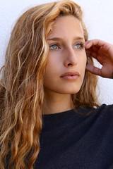 Abril Ripoll (Andrs) Tags: portrait retrato girl model bst lescala costabrava canon7dmarkii canon2470mm