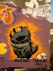 (splinter one) Tags: graffiti graffitiwall graffitiart wall mur streetart spray bombe monster monstre chien dog halloween lanfeust fanart crne skull citrouille pumpkin stadium splinter86