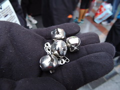silver ~ 9 jingle bells (Upupa4me) Tags: seattle black bells silver hand give gloves volunteer jinglebellrun jinglebells 365daysincolour