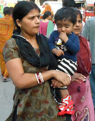 Mother and child (bokage) Tags: street woman india child market delhi shopper paharganj
