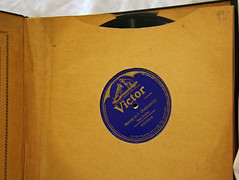 Collection 03 (7) (Klieg) Tags: artist columbia brunswick victor 03 collection record victrola exclusive klieg 78s klieger