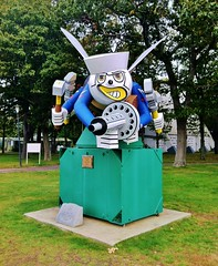 The Seabee (ArtFan70) Tags: ri sculpture usa art statue hammer america bug insect gun unitedstates military navy tools bee rhodeisland weapon usnavy tool machinegun wrench sledgehammer unitedstatesnavy northkingstown seabee lafrate seabeemuseum fightingseabee theseabee thefightingseabee frankjlafrate franklafrate seabeemuseummemorialpark