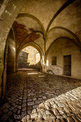 (laura_bostonthek) Tags: germany gate arches cobblestone walls ironwork castel hohenzollern