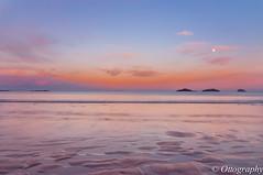 Yellow Craig's Moon RIse (otto huang) Tags: sunset moon seascape reflection beach scotland nikon edinburgh moonrise yellowcraig dirleton yellowcraigsbeach ottohuang