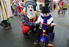 """MummersParade_8938GSL • <a style=""""font-size:0.8em;"""" href=""""http://www.flickr.com/photos/59883129@N06/8325814081/"""" target=""""_blank"""">View on Flickr</a>"""