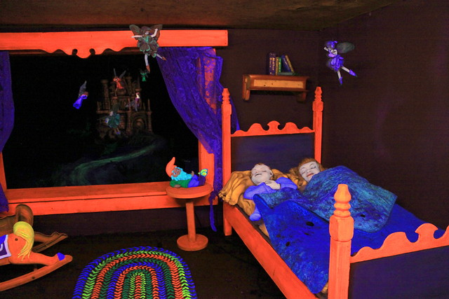 Rock City's Fairyland Caverns: Children and the Dream Fairies