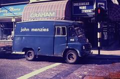 GLASGOW July 1976 pic19 (streamer020nl) Tags: uk blue scotland glasgow gb morris graham 1976 145 newsagents menzies johnmenzies garrymoore