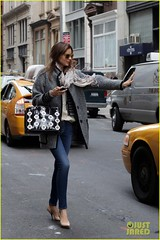 Miranda Kerr (anastasija.milojevic) Tags: newyorkcity flowers usa newyork sunglasses fashion scarf grey model candid taxi coat fulllength jeans purse heels denim bluejeans miumiu whiteblouse skinnyjeans mirandakerr nudecolor greycoat graycoat flowersonpurse nudecolorheels