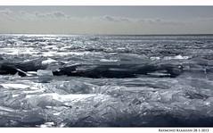 kruiend ijs urk 2 (raymondklaassen) Tags: winter flevoland ijsselmeer januari urk ijs vorst dooi kruiendijs ijsvlakte