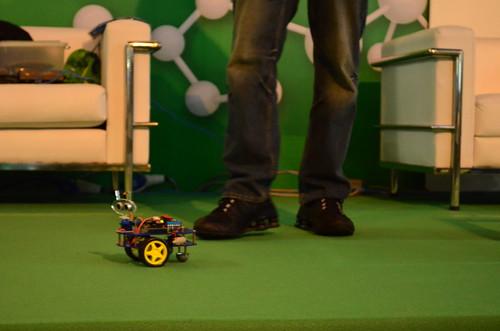 Nome da palestra: Palestra - Robótica com Arduino e Kinect SDK. Palestrante: Vinícius Souza. Campus Party Brasil 2013. Foto por Moema Miranda