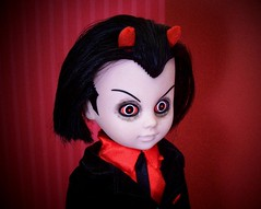 Lil' Devil (partymonstrrrr) Tags: dead toy toys living doll dolls satan devil livingdeaddoll ldd livingdeaddolls mezco seriestwo lousapphire