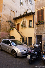 """The smallest house in Rome, Trastevere • <a style=""""font-size:0.8em;"""" href=""""http://www.flickr.com/photos/89679026@N00/8437886592/"""" target=""""_blank"""">View on Flickr</a>"""