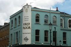 First floor (mistigree) Tags: londres portobello portobellomarket nottinghill angleterre faade bleu