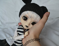 Sweet little girl (Mientsje) Tags: customized pullip broken doll cracked face cute obitsu normal skinn mickey mouse had cap toy toys girl