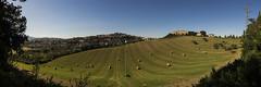 Penne - Panoramica con balle di Fieno (Andrea di Florio (Thanks for 6,000,000 views)) Tags: andreadiflorio abruzzo pescara penne nikon d600 7020028 cielo luna campo nuvole nubi camminare vacanza