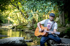 TN_Adarsh_Poonam PF-6 (SaurabhM Photography) Tags: portrait photography smokies nashville beautiful guitarist music nature admiration friendsandfamily smiles greenery warmth vignette