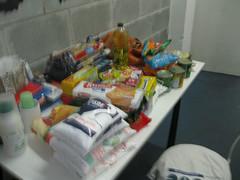 Arrecadação Gincoc (Colégio Raízes) Tags: escola brinquedos gincana alimentos solidariedade mogidascruzes ensinomédio mantimentos colégioraízes gincoc