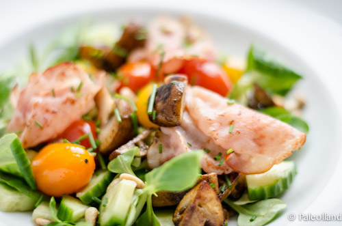 Mushroom, Bacon and Tomato Salad Paleo