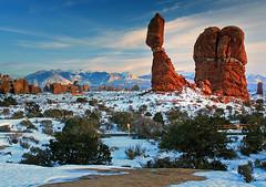 Balanced Rock Sunset (Jason Branz) Tags: winter snow ice utah sandstone arches redrock archesnationalpark