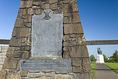 Bronze plaque, Bannockburn Battlefield Memorial (dkjphoto) Tags: park uk horse english monument statue freedom scotland memorial war europe unitedkingdom stirling scottish battle historic revolution knight battlefield independence struggle robertthebruce bannockburn 1314 dkjphoto denniskjohnson