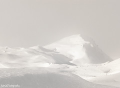 Hesitant Sun ... (Astrid Photography.) Tags: winter people panorama mountain snow france nature sunshine fog skiing view snowing savoie lesmenuires skipiste les3vallees theworldwelivein supershots astridphotography