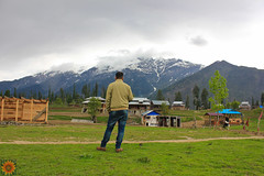 Orangkel , Neelom Valley,AZAD KASHMIR (Naeem Ghauri) Tags: snow nwfp valley morning breathtaking glacier village river cold weather clouds heaven earth nice houses trees camera green grass mountain landscapes image pakistan natural beauty golden top naeem award amazing beautiful flickr ghauri lahore photo canon neelom neelomvelly keran taobut kel azad kashmir orang 2015 2016 2017 quality sharda 550d pic outdoor landscape peak hill side neelum