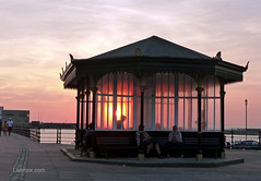 New Brighton Sunset (liverpix) Tags: sunset red beautiful spectacular newbrighton merseyside wirral shelter weather