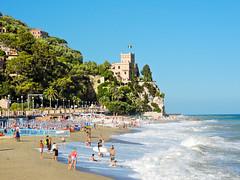 Finale Ligure beach, Italy (iphoto.geri) Tags: italy beach vacation trip ligure finale finaleligure cast paradise clear sky palmtrees summer