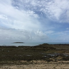 Contrastes  mare basse (Reb et Ka) Tags: bretagne breizh bzh morbihan erdeven ocean lande sky ciel clouds