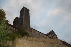 Quedlinburg_Harz_Oktober2011_198 (inextremo96) Tags: castle heritage church germany culture unesco ddr eastern gdr halftimbered kulturerbe frameworkhouse