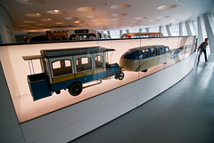 20120512-DSC_0951 (Yu Studio) Tags: museum stuttgart taiwan mercedesbenz mercedesbenzmuseum yustudio