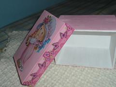 Adoção Caixinha craquelada menina (Talyhina ._.) Tags: doll artesanato dal pullip mdf caixacraquelada