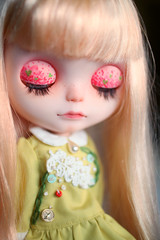 eyelids (* MeiMei * commission list closed) Tags: bear socks dress handmade embroidery helmet mamas tiny blythe custom dyed meimei scalp rbi