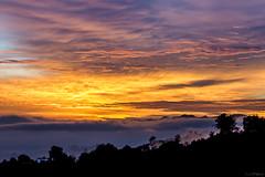 Amanecer (SantiFranco) Tags: de san valle paisaje amanecer nicolas silueta aeropuerto rionegro calido santifranco tablacito