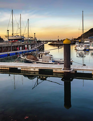 haven (kypt@nuy ~ very busy!!!) Tags: sea haven sailboat port marina puerto atardecer dawn pier boat dock spain nikon barco harbour ships sail euskalherria basquecountry velero guipuzcoa gipuzkoa orio d5100 kyptnuy helenamanso embarcadereo