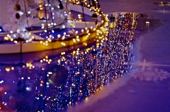 Reflection & illumination (tez-guitar) Tags: light reflection night shinjuku nightscape pentax illumination led pentaxart