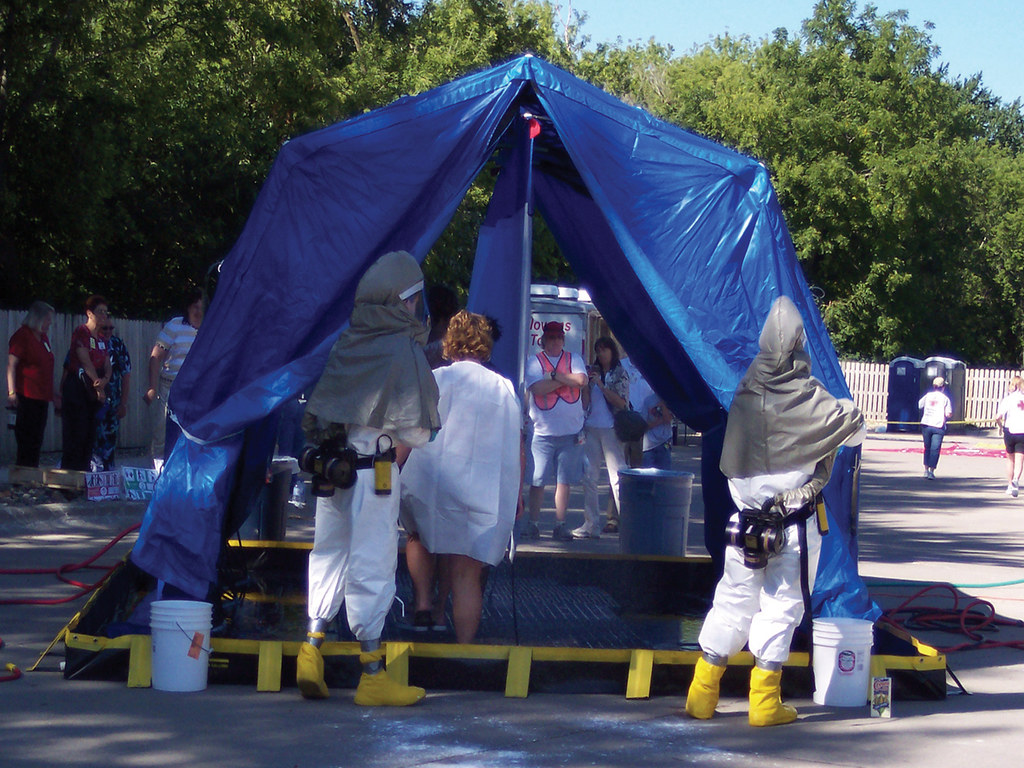 Reeves-EMS_Decontamination_Tent_2 (DHS Systems LLC) Tags shower tents shelter hazmat reeves decon & The Worldu0027s Best Photos of decon and shelter - Flickr Hive Mind