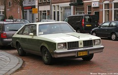 Oldsmobile Cutlass Salon 1980 (XBXG) Tags: auto old usa classic haarlem netherlands car vintage us automobile nederland voiture american salon 1980 paysbas oldsmobile ancienne cutlass oldsmobilecutlass américaine oldsmobilecutlasssalon 68xrgt sidecode6