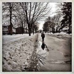 365: Day 12 (Richard Pilon) Tags: street city winter snow ontario canada cornwall streetphotography day12 iphone day12365 iphoneography hipstamatic 3652013 365the2013edition 03jan13 12jan13