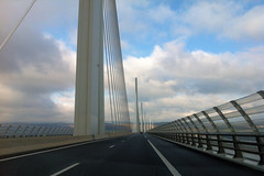 2013_021_pontmillau (lgfoto26) Tags: road bridge winter cloud hiver voiture route pont 365 nuage millau 2013 pontdemillau iphone4 3652013 2013yip