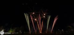 Beaudesert Show 2016 - Friday Night Fireworks-60.jpg (aussiecattlekid) Tags: skylighter skylighterfireworks skylighterfireworx beaudesertshow2016 qldshows itsshowtime beaudesert aerialshell cometcake cometshell oneshot multishot multishotcake pyro pyrotechnics fireworks bangboomcrackle