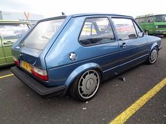 VW Golf 1 (911gt2rs) Tags: treffen meeting show event tuning tief low stance mk1 rabbit dub pirelli felgen wheels oldschool youngtimer blau blue