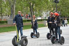 Crew (geba02) Tags: crew madrid espaa ciudad city people parque arboles tree nature naturaleza outdoors outdoor transporte electrico