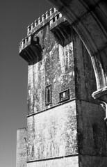 Estremoz |  (Antnio Jos Rocha) Tags: portugal alentejo estremoz cidade torre torredemenagem centrohistrico histria mono bw idademdia pedra arquitectura mrmore
