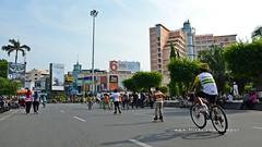 Semarang Car Free Day (2) (Rudy Sempur) Tags: street city morning urban bicycle skyscraper indonesia hotel southeastasia downtown sunday shoppingmall rollerblade semarang centraljava simpanglima