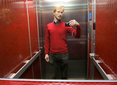 Red is not red (Mr-Pan) Tags: red rouge autoportrait elevator rote selfpicture